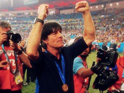 滨岩:勒夫偷师!德国将引领团队足球