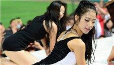 韩国棒球女神浴巾突然滑落 展现超性感魅惑力