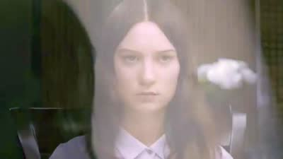 《斯托克》MV《Becomes The Color》