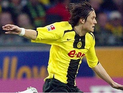 足坛莫扎特宣布退役,曾获温格最高评价
