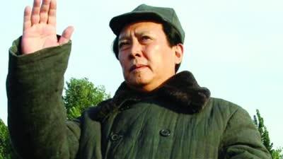 """唐国强分享""""人生转角处"""" 犀利点评金城武陆毅"""