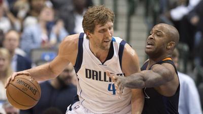 NBA-韦德三分线外制导!鸟人空接飞身劈扣-乐金汕篮球图片