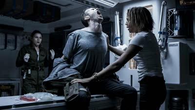《异形:契约》曝新预告 异形口水三尺长宇航员夫妻相继惨死