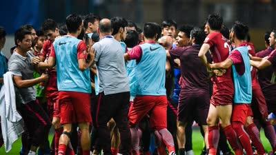 足协:傅欢禁赛6场 用过分力量推击对方球员