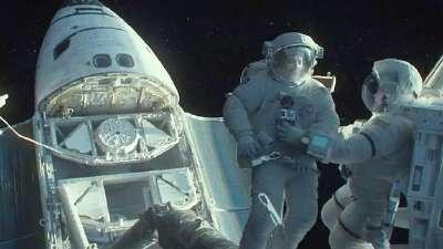 《地心引力》先行版预告片 Detached