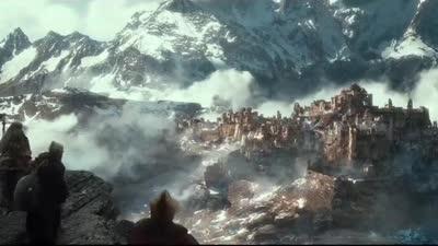 《霍比特人2:史矛革之战》加长版预告 弓箭手巴德对峙矮人王子