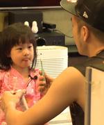 唐志中教女儿英文 被姐妹花发音弄晕