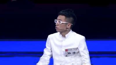 """""""疯狂家教""""爆笑全场 康震战队半决赛"""