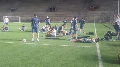 【训练】传阿根廷球员飞行过程不适 全队坚持完成赛前训练