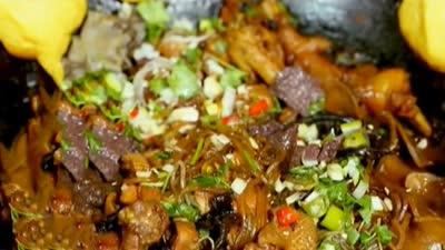 家常客宴大菜小鸡炖蘑菇