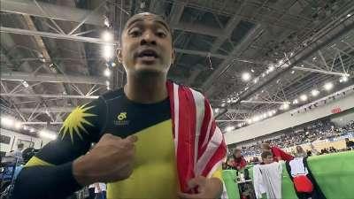 马来西亚选手夺冠 兴奋至极采访很可爱