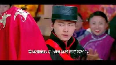 《活色生香》唐嫣李易峰水中激情吻戏曝光
