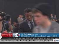 NFL选秀大会第10顺位 伊莱-阿普尔 (巨人)