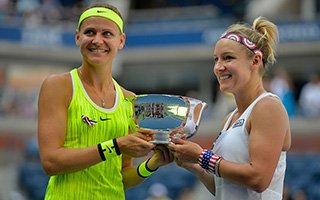美网-马泰克/萨法洛娃惊险逆转 生涯首夺赛会冠军