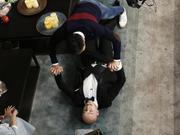 崔始源与男厨现场接吻? 世勋和kai谁是游戏高手-你看起来很好吃20160105宣传片