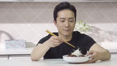 姜钟煜-四喜丸子 在开发创新料理夹心丸子