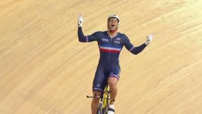 均速60!法国男神3夺场地车世锦赛1公里计时赛
