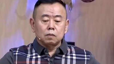 潘长江遭遇最小F4 潘家父女的带娃毛盾