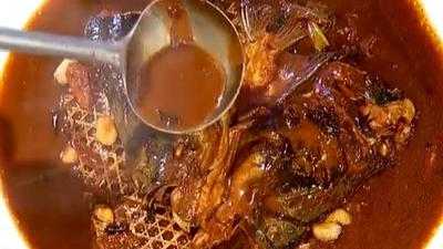 鱼肉爱好者福利 在家也能做鱼头泡饼