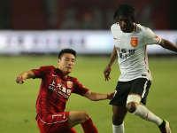 【超级现场】沪冀大战河北不幸福  铁子强调自信的中国足球才有希望