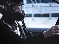 路虎广告大片模拟F1现场 赛道飞驰即刻变身赛车手