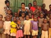 37岁女子生38个孩子:4对3胞胎 3对4胞胎