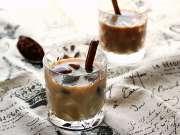 一瞬间带你到海边 夏日沁涼的咖啡冰饮