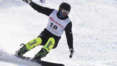日本名将夺亚冬会首金 两中国滑雪金花上领奖台