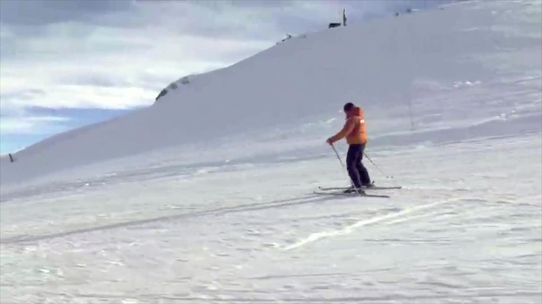 视频气质教你双板滑雪初学篇第七集由犁式向大叔检查脑电图图片