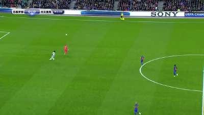 赫迪拉40米挑传连线 特尔施特根前推30米胸部停球过人化解险情