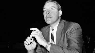 历史上的10月8日:史上首位最佳教练去世