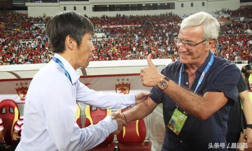 里皮说中国男足可以不逊色于日韩澳 中国足球最薄弱的一环是足记