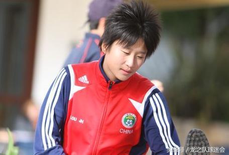 娄佳惠:三年三级跳,为母亲坚持足球梦