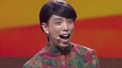 张康、贾旭明《焦点2+2》