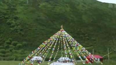 自驾四川天府之国休闲生活 入藏门户壮丽诺尔盖大草原