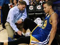 《常老师篮球课堂》-伤病滚粗!4步教你缠脚踝绷带