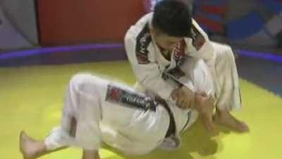 一起来练柔术吧