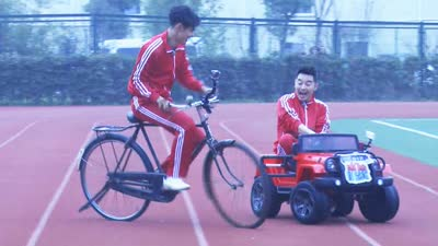 阮经天二八自行车碰瓷