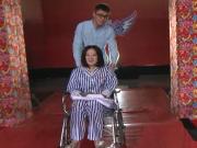 《全城热恋》20170324:神秘嘉宾坐轮椅空降现场 小护士招架不住