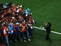 赛场同样是摄影师的战场 看摄像机如何变成武器