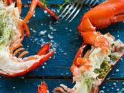 泰国街头美食 焗烤最大的彩虹龙虾