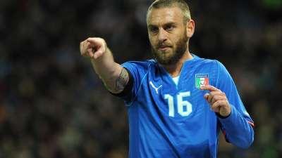 经典-因莫比莱破门德罗西点射 意大利2-0荷兰