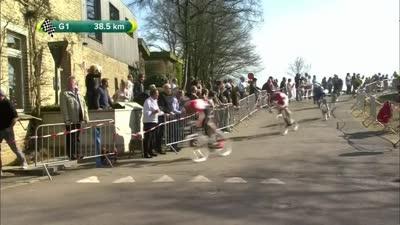 兔子刚被追上 BMC车手奥斯立刻加速进攻