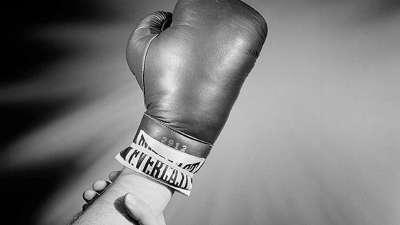 拳击比赛背后的操纵黑幕(六)黑社会操纵比赛 裁判必须服从