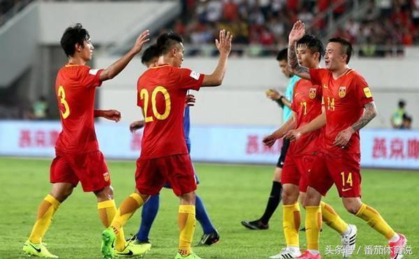 差距!欧洲中国队都夺世界杯冠军了 而我们的队员还在测跳远!