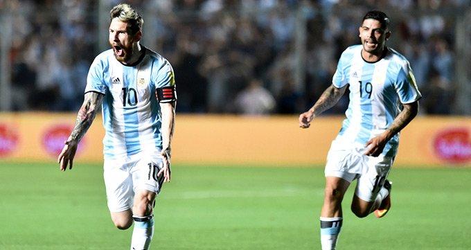 世预赛-阿根廷3-0哥伦比亚-梅西1射2传轰世界波
