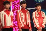 TFBOYS红衣装扮超喜庆