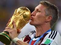 【稍早】小猪宣布退出国家队 16年欧洲杯或成绝唱