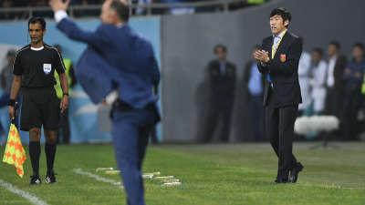 陈亦明:提前备战2022了 国足缺两个规化球员