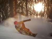 只要雪季不要趴 单板教学之如何单脚蹬地的滑行